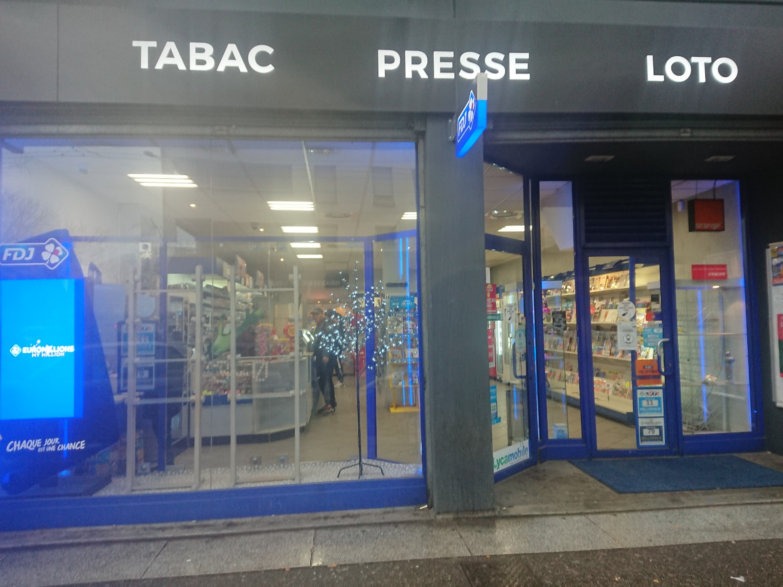 Tabac Cadeaux Presse